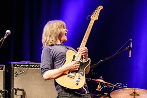 Mike Stern & Bill Evans Band at Porgy & Bess, Vienna.